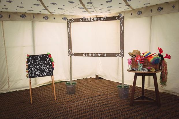 Photobooth bundle - Personalised frame, props and easel - £70